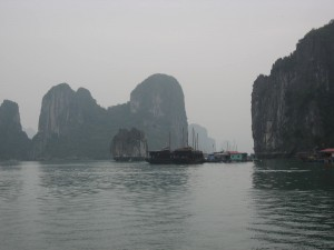 Ha Long Bay, Hanoi, Vietnam, unesco world heritage site, vietnam unesco hertiage sites, Descending Dragon, Gulf of Tonkin